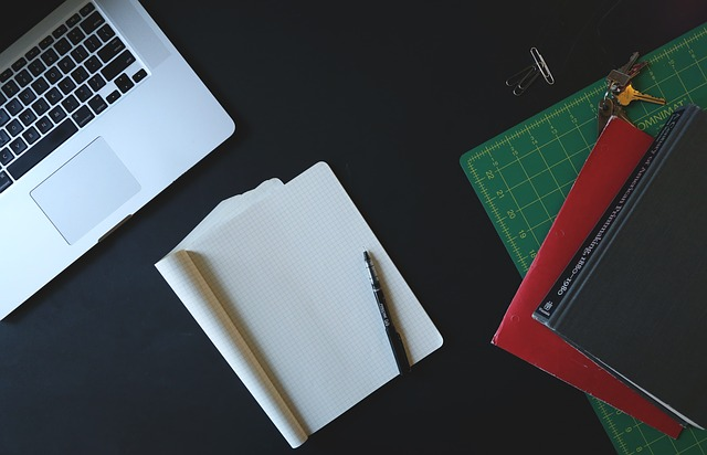 Marketing Hacks: Top 4 Strategies For a Self-Sufficient Startup